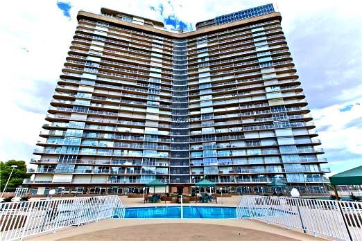 Regency Towers condos for sale in Las Vegas