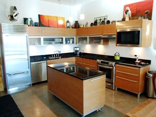 Newport Lofts condo for sale's upgraded kitchen