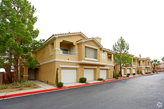 Bella Vista condos for sale in Henderson
