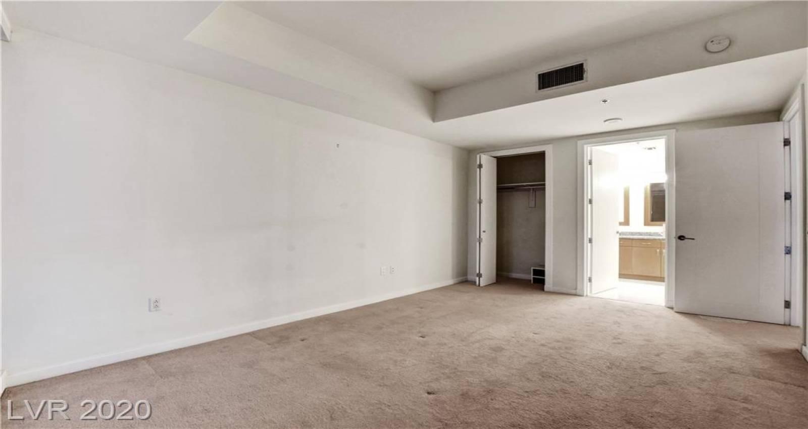 4575 Dean Martin, Las Vegas, Nevada 89103, 2 Bedrooms Bedrooms, 3 Rooms Rooms,1 BathroomBathrooms,Residential Rental,For Rent,Dean Martin,2186153